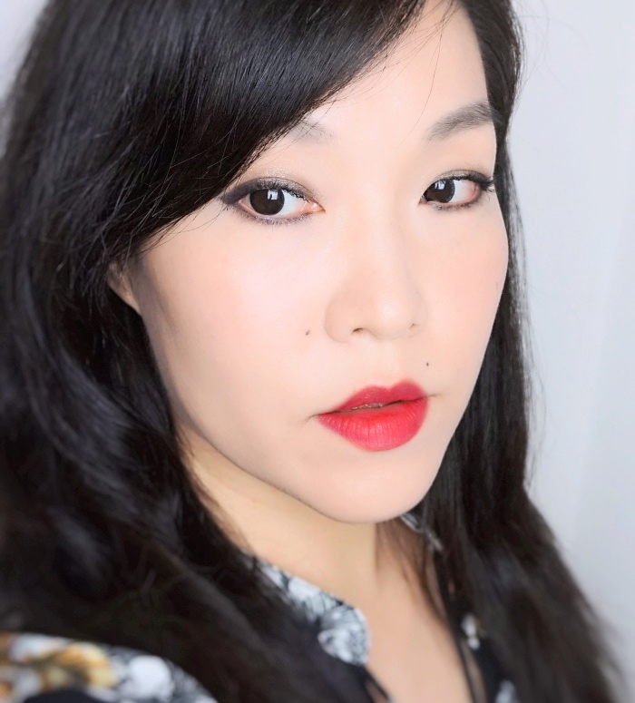 Chanel Rouge Allure Velvet Extreme Epitome review swatch