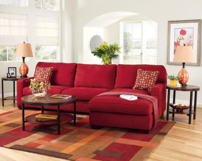 Red sofa, would color the walls? 3
