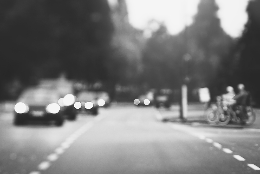lensbaby love blog circle Edge 80 black and white image by Willie Kers