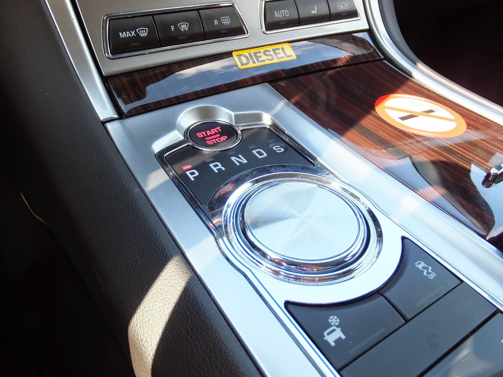 jaguar-xf-sportbrake-driver's seat 2