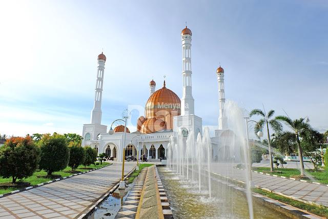 Masjid Al-Ikhlas kota Bagan Siapiapi adalah Masjid Raya di Rokan Hilir, masjid ini tepatnya terletak di Bagan Barat, Bangko, Kabupaten Rokan Hilir, Riau.