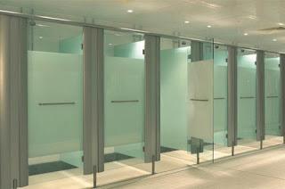 harga partisi toilet cubicle