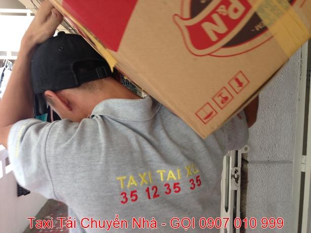 TAXI-TAI-CHUYEN-NHA-TRON-GOI-QUAN-1-TPHCM