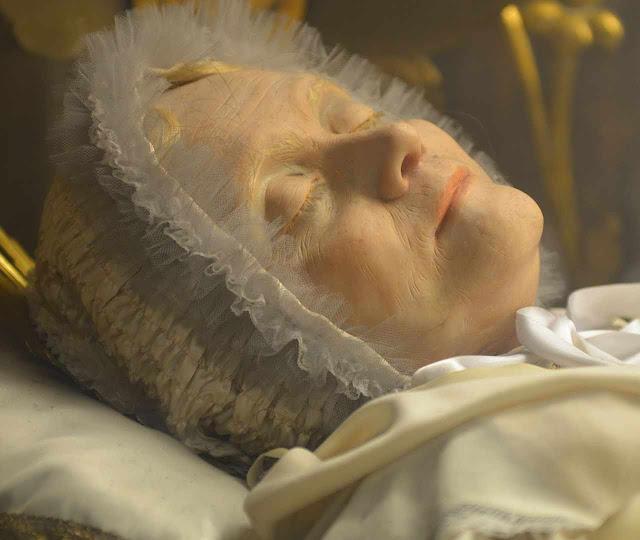"""A Beata Anna Maria Taigi, contemporânea do Pe. Clausi, previu que nos dias do flagelo divino """"a atmosfera estará empestada pela presença visível dos demônios"""""""