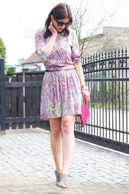 wiosenna sukienka, novamoda streetstyle, novamoda stylizacje, cat eye, paisley, trendy, sukienka, novamoda style,  stylistka poznań, sukienka na wiosnę