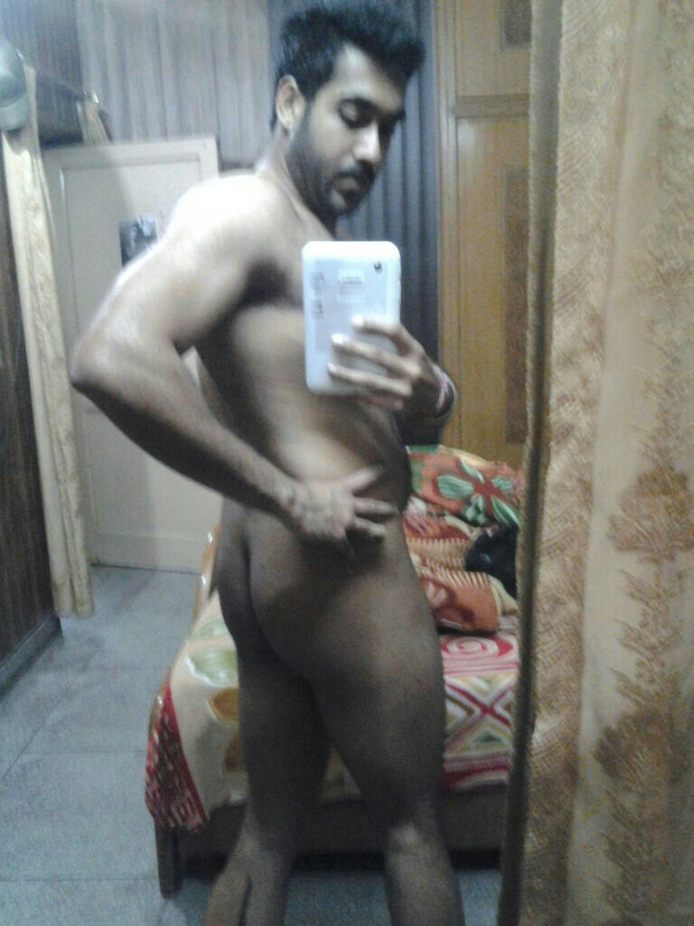 Desi Gay Desires De-Selfie Naked 4-1131