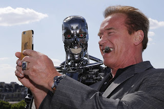 "Arnold Schwarzenegger Turns Evil In ""Terminator 6,"" James Cameron Explains"
