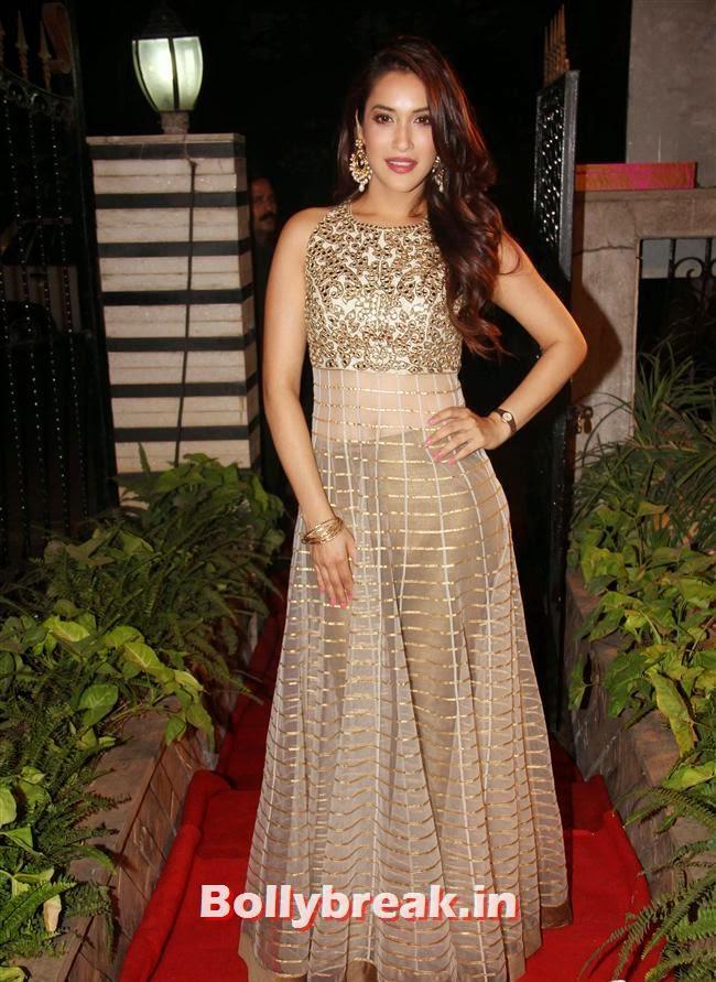 Rashmi Nigam, Celebs at Opening of Mayyur Girotra Couture