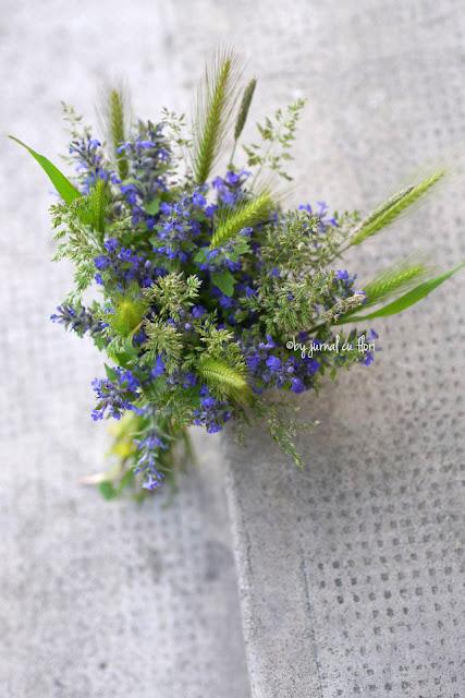 flori de camp nunta