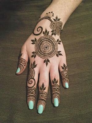 5. Tiki-Style Mehndi
