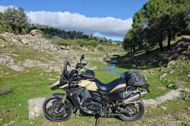 BMW f800 GS, Puerta Negra Mordor, tra
