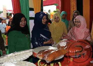 Istri Gubernur Aceh Ajak Warga Gunakan Produk Lokal