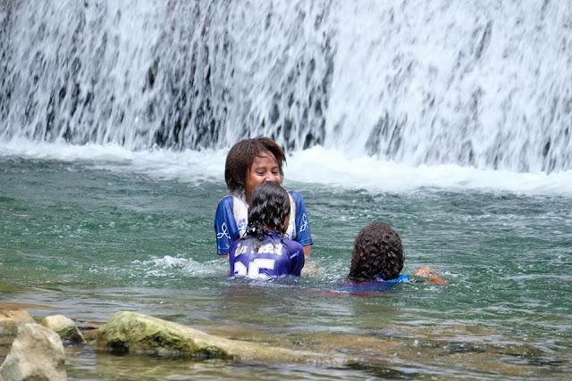 Menikmati Jernihnya Air Terjun Ubadari di Kabupaten Fakfak