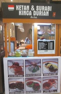 Serabi dan Kinca Durian di Eat and Eat Mall Bassura