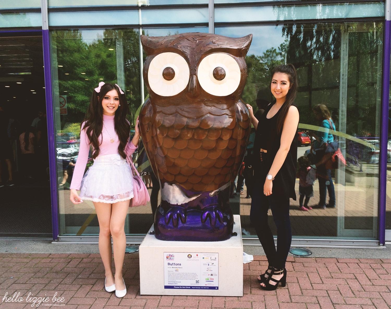 cadbury world owl statue