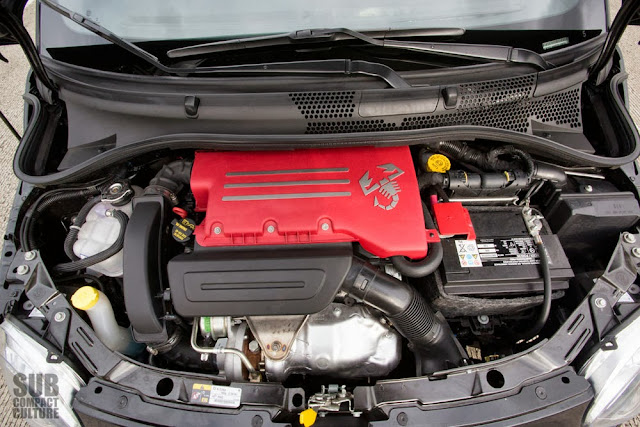 2013 Fiat 500c engine bay