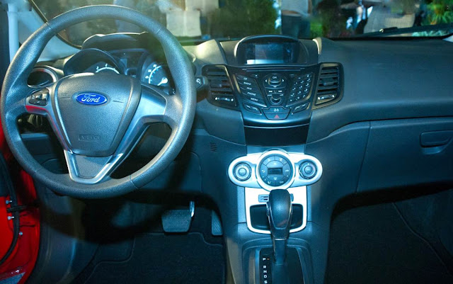 Novo Ford Fiesta 2014 - interior
