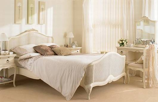 Fresh Decor Elegant White Bedrooms Inspiration