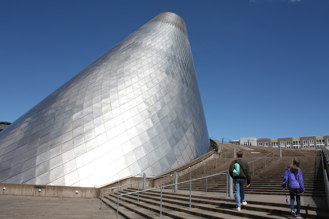 The Cone of the Museum of Glass in Tacoma represents the wood-fire sawmills of the region's past.