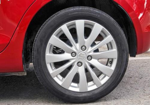 Suzuki Swift sử dụng lốp xe như thế nào ?