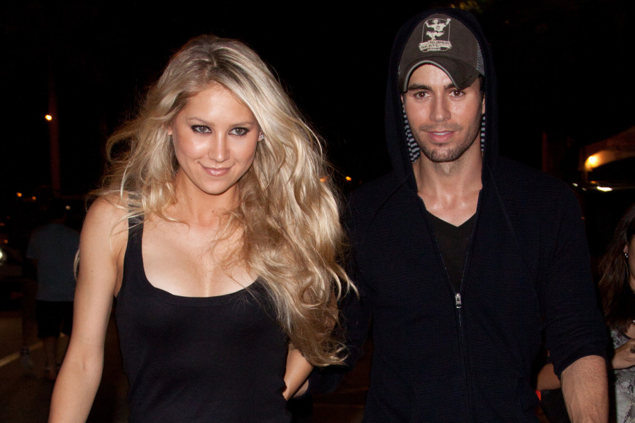 Enrique Iglesias says he has sex with Anna Kournikova 'for breakfast'