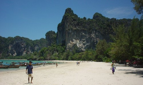 La playa de Railay Beach en Tailandia