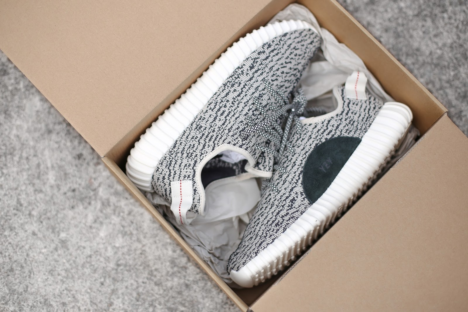 b0c16ad1a7c56 yeezy ultra boost on feet yeezy boost 350 turtle dove outfits