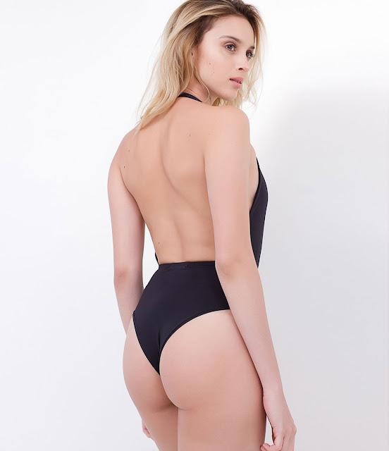 Body feminino sem mangas frente única