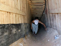 Translucent tunnel into Israel, the evidence of resistance Hamas never goes out