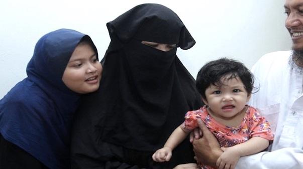"""Selepas Lama Berdiam Diri. Akhirnya Isteri Timb Pengetua Tahfiz Cerita """"SESUATU"""" Ketika Kejadian"""
