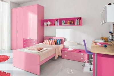 Kamar tidur minimalis dengan furnitur modern