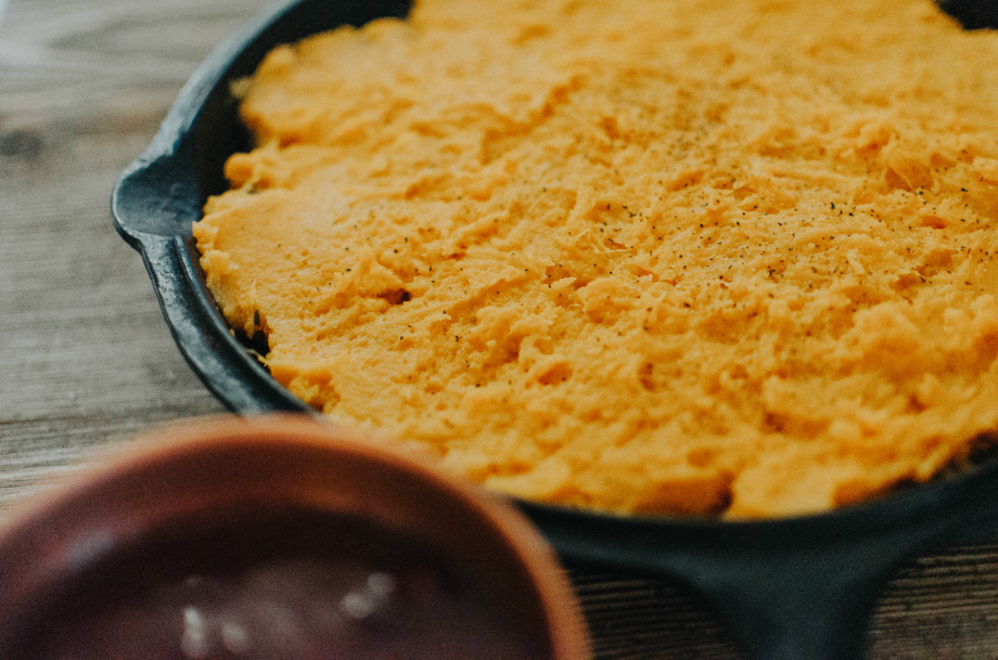 gluten-free-sweet-potato-shepherds-pie-cranberry-gravy-the-nosh-life