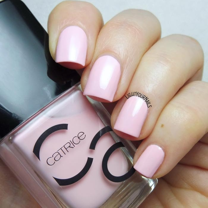 Smalto rosa lacca Catrice #ICONails 29 Donut Worry Be Happy! pink creme nail polish #nails #smalto #catrice #lightyournails