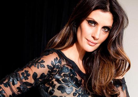 Isabella Fiorentino decidiu mudar e mostrou seu novo visual. Nas redes  sociais, ela postou uma foto em que aparece com os cabelos cortados. f68ad92cdc