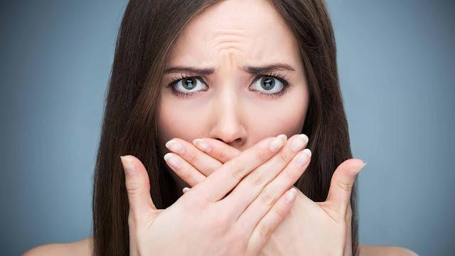 Cara Alami Menghilangkan Bau Mulut Dengan Mudah