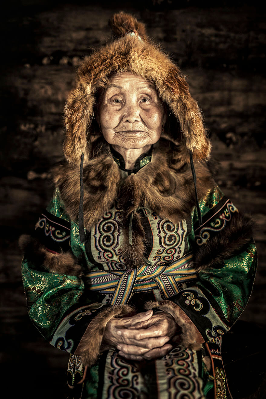 He Traveled 25000 Km In Siberia To Capture The Beauty Of Its Indigenous People With His Camera. The Pictures Are Breathtaking! - Ulchi Woman