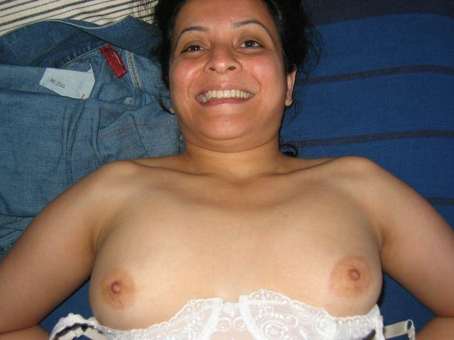 nude girls of agra