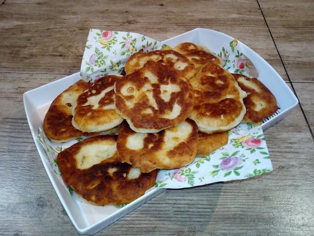 langosze placki ziemniaczane placki z gotowanych ziemniakow placki drozdzowe placki wegierskie