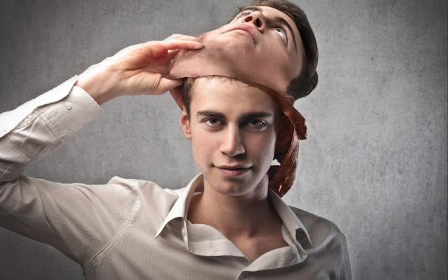 Αυτογνωσία - Αν δεν μπορείς να είσαι ο εαυτός σου τι νόημα έχει να είσαι οποιοδήποτε άλλος