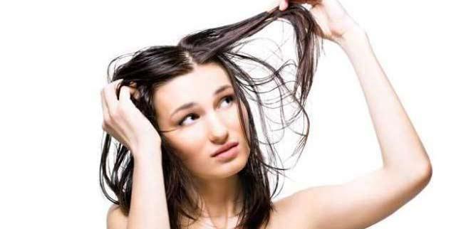 Apa Itu Rambut Lepek? Bagaimana Cara Mengatasinya? Bahan Ini Akan Membantu!