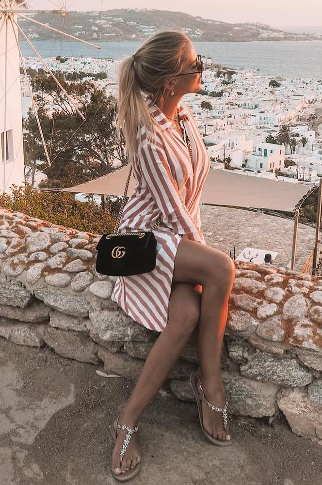 fashion trends | striped shirt dress + black bag + sandals