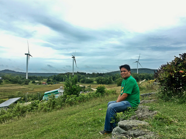 San Lorenzo Wind Farm has 27 wind turbines, generating a total output of 54 megawatts. This power is distributed to various power utilities in Cebu, Negros, and areas in Western Visayas via the National Grid Corporation of the Philippines.