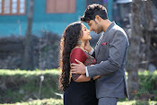 Okka Ammayi Thappa Movie stills-thumbnail-4