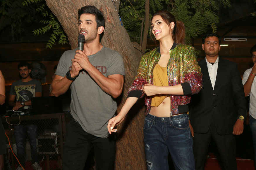 Kriti Sanon and Sushant Singh Rajput Promoting Their Movie Raabta