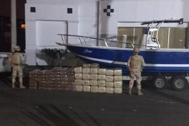 Asegura Ejército casi media tonelada de droga en la autopista Ensenada-Tijuana