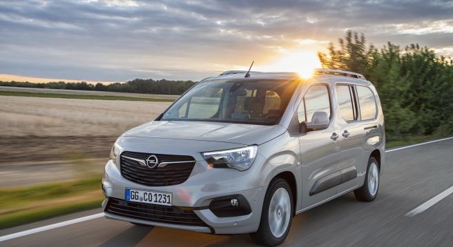 """Το νέο επαγγελματικό Opel Combo Cargo ψηφίστηκε """"International Van of the Year 2019"""""""