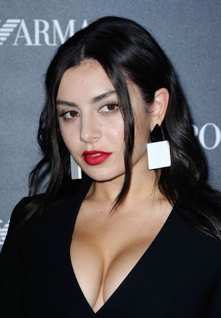Charli XCX at Emporio Armani Show – Paris Fashion Week