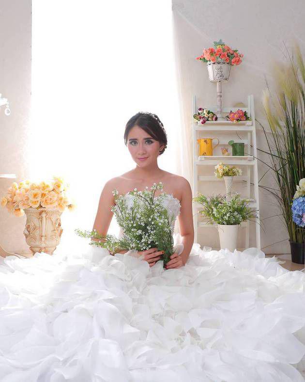 pacar Artis FTv Cantik ryana dea sekarang apakah Artis FTv Cantik ryana dea sudah menikah sekarang sudha menikah cantik dan manis