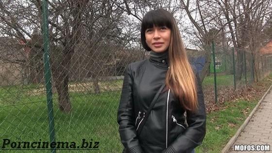 [PublicPickUps] Mona Kim (Russian MILF's Creampie)