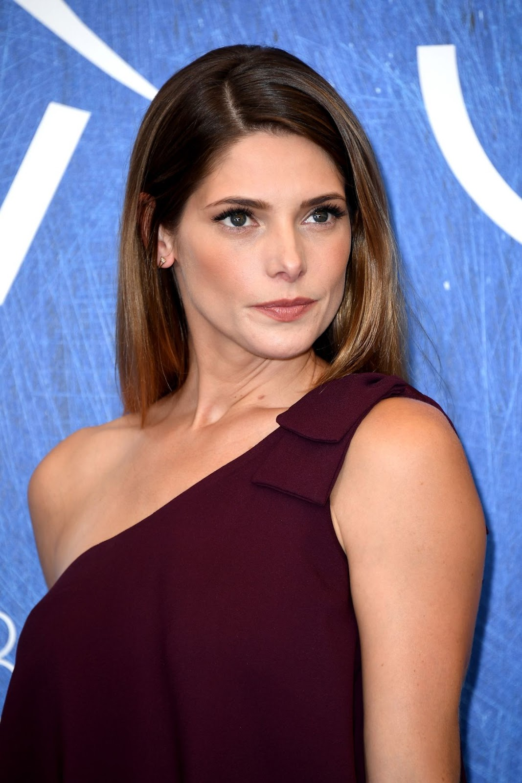 Full HQ Photos of 'Max & Me' actress Ashley Greene At In Dubious Battle Photocall At 73rd Venice Film Festival